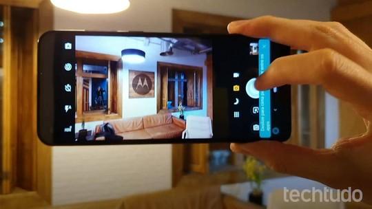 Motorola ou Samsung? Veja quem tem o melhor celular