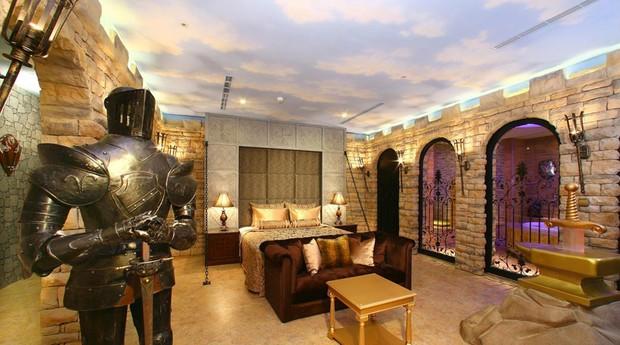 Sato Castle Motel, em Taiwan, lembra um castelo de verdade (Foto: Reprodução/Booking.com)