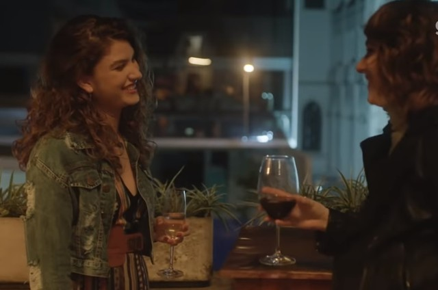 Samantha (Giovanna Grigio) e Lica (Manoela Aliperti) (Foto: Reprodução)