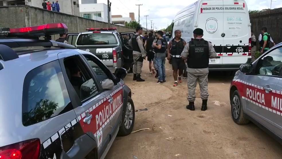 Homicídio foi registrado na manhã de quarta-feira (20) em Mangabeira, em João Pessoa (Foto: Walter Paparazzo/G1)