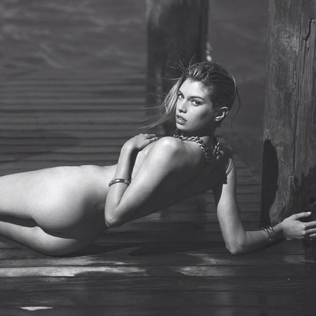 Stella Maxwell posa nua e recebe chuva de elogios - Quem | QUEM News