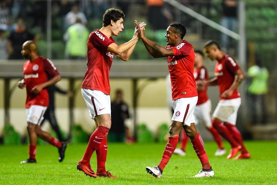 Inter mantém espinha dorsal mesmo com baixas e terá retorno de base invicta contra São Paulo