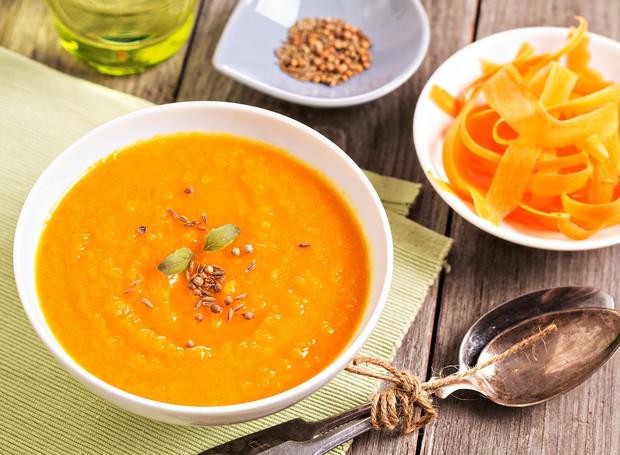 Sopa de cenoura detox, da nutricionista Marcela Mendes do Mundo Verde (Foto: Divulgação )