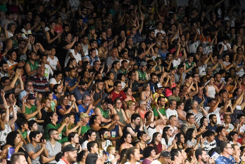 Ginásio Panela de Pressão recebeu grande público na final do Inrerligas  — Foto: Victor Lira/Bauru Basket