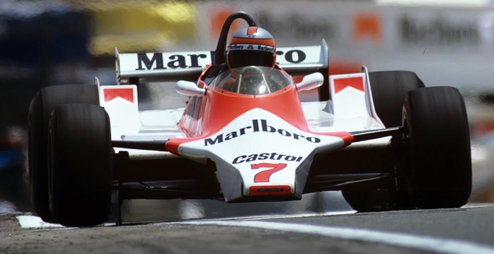 John Watson pilota McLaren M29 na temporada de 1980 — Foto: Getty Images