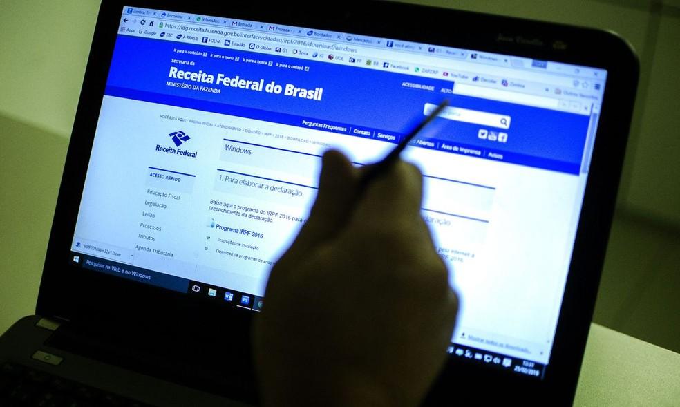 Entrega da declaração do Imposto de renda 2020 já pode ser feita — Foto: Marcelo Camargo/Agência Brasil