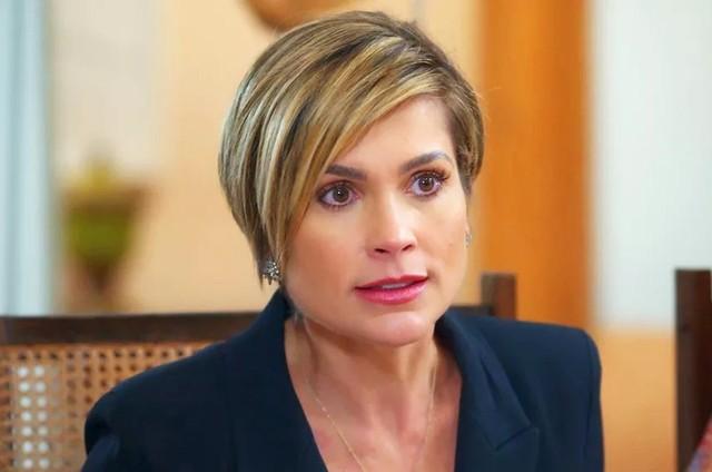 Flávia Alessandra, a Helena de 'Salve-se quem puder' (Foto: Globo)