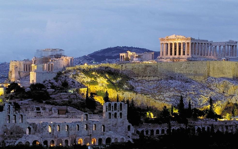 Os moradores de Atenas dizem nunca se cansar de suas vistas históricas (Foto: Dias12/Creative Commons)