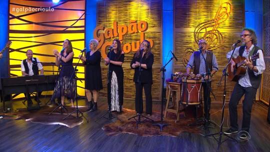 Canto Livre e Daniel Cavalheiro foram os convidados musicais do 'Galpão Crioulo'; veja os vídeos