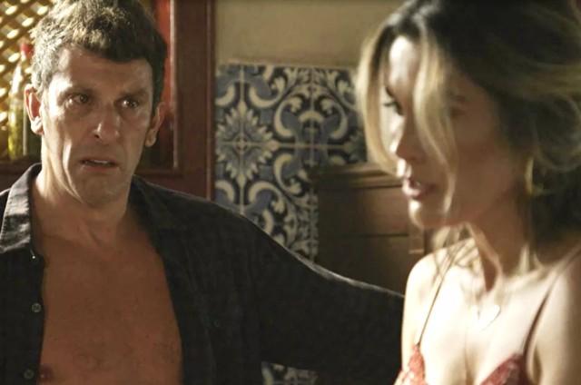 Milhem Cortaz e Flávia Alessandra em 'O Sétimo Guardião' (Foto: TV Globo)