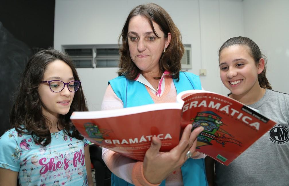 Estudantes que participam do Bom Aluno intensificam estudos no contraturno escolar  — Foto: Giuliano Gomes/PR Press