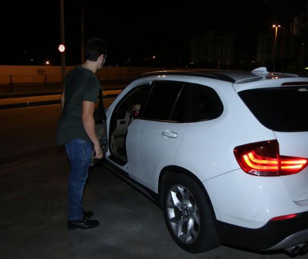 Nicolas Prattes e Juliana Paiva vão embora juntos (Foto:  Daniel Pinheiro/AgNews )
