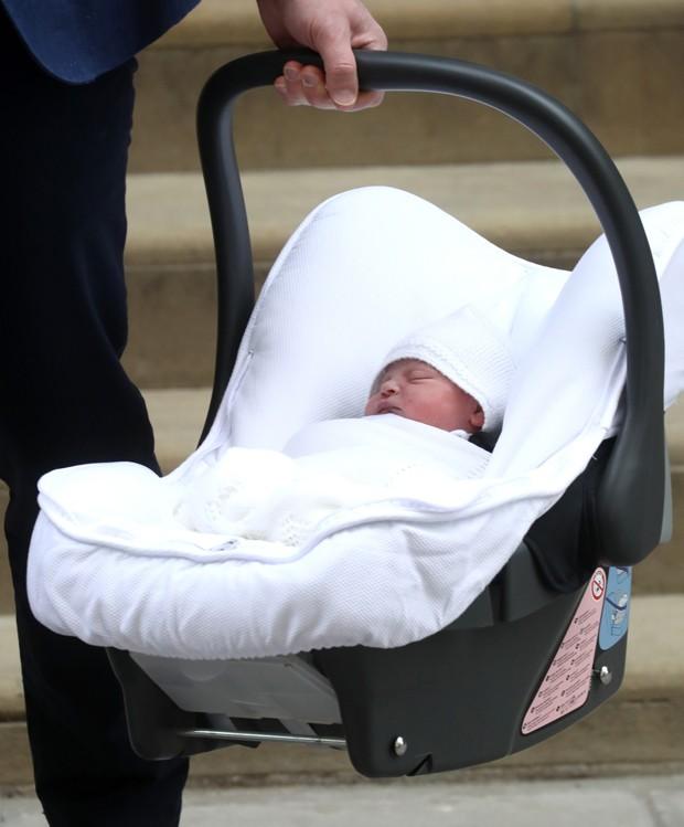O bebê real nascido nesta segunda-feira; ele pe o quinto na linha sucessória (Foto: Getty Images)