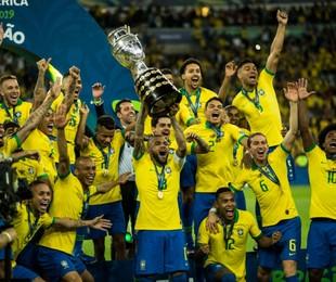 Jogadores do Brasil comemoram título da Copa América | Guito Moreto / Agência O Globo