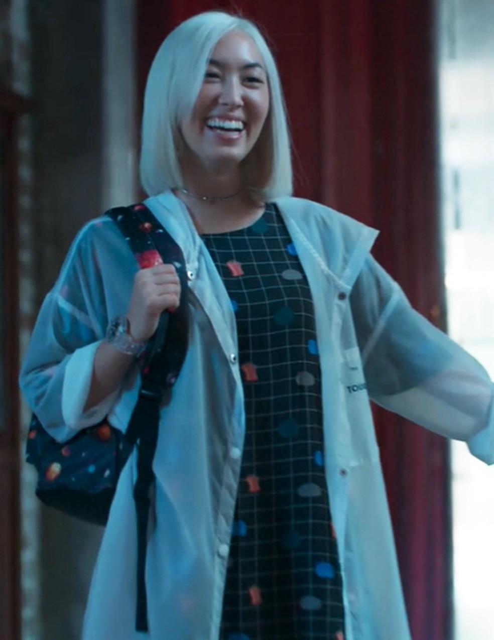 Tina (Ana Hikari) surpreende as Five em 'Malhação - Viva a Diferença' — Foto: Globo