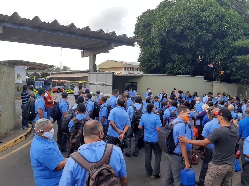 Após acordo, trabalhadores de empresa de ônibus suspendem greve em São Luís