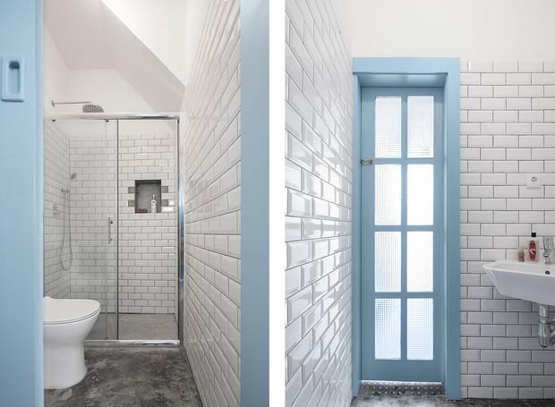 O banheiro também segue a mesma paleta de cores (Foto: Paolo Moreira/ Reprodução)