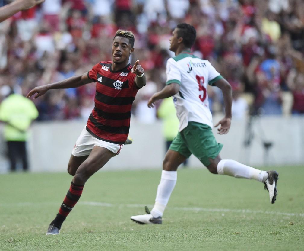 Bruno Henrique se firmou em seu primeira chance como titular — Foto: André Durão / GloboEsporte.com