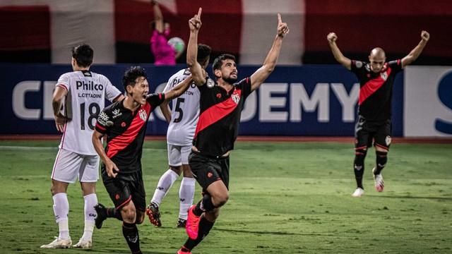 Zé Roberto marcou seu primeiro gol no retorno ao Dragão