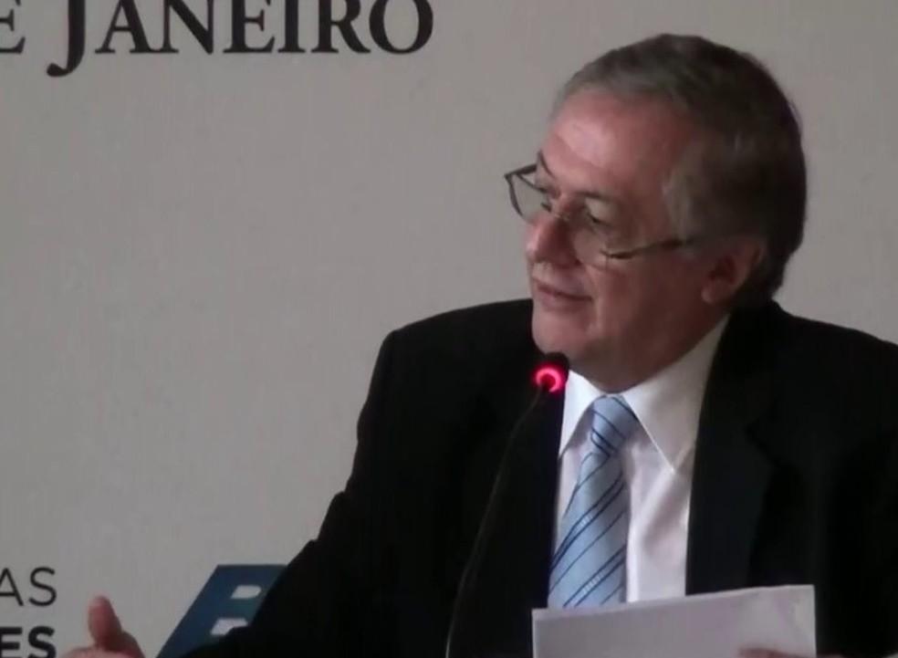 Ricardo Vélez Rodríguez, indicado por Bolsonaro para o Ministério da Educação — Foto: Reprodução/TV Globo