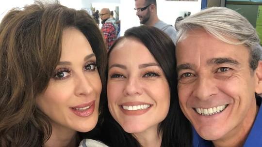 Paolla Oliveira registra encontro com Claudia Raia e Alexandre Borges, seus pais em 'Belíssima'