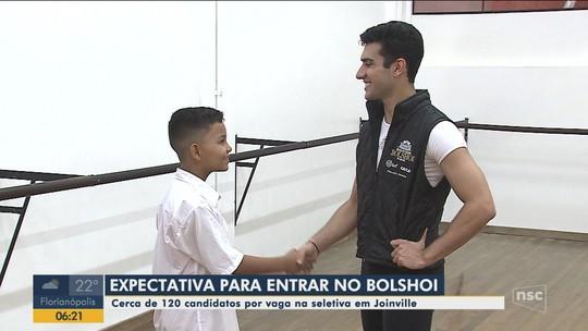 Teste final para entrar na escola Bolshoi do Brasil tem 121 concorrentes por vaga
