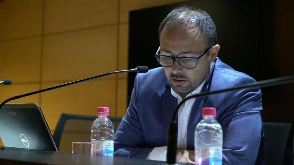 CEO Carlos Amodeo é o responsável por se debruçar nos números — Foto: Lucas Uebel / Grêmio FBPA