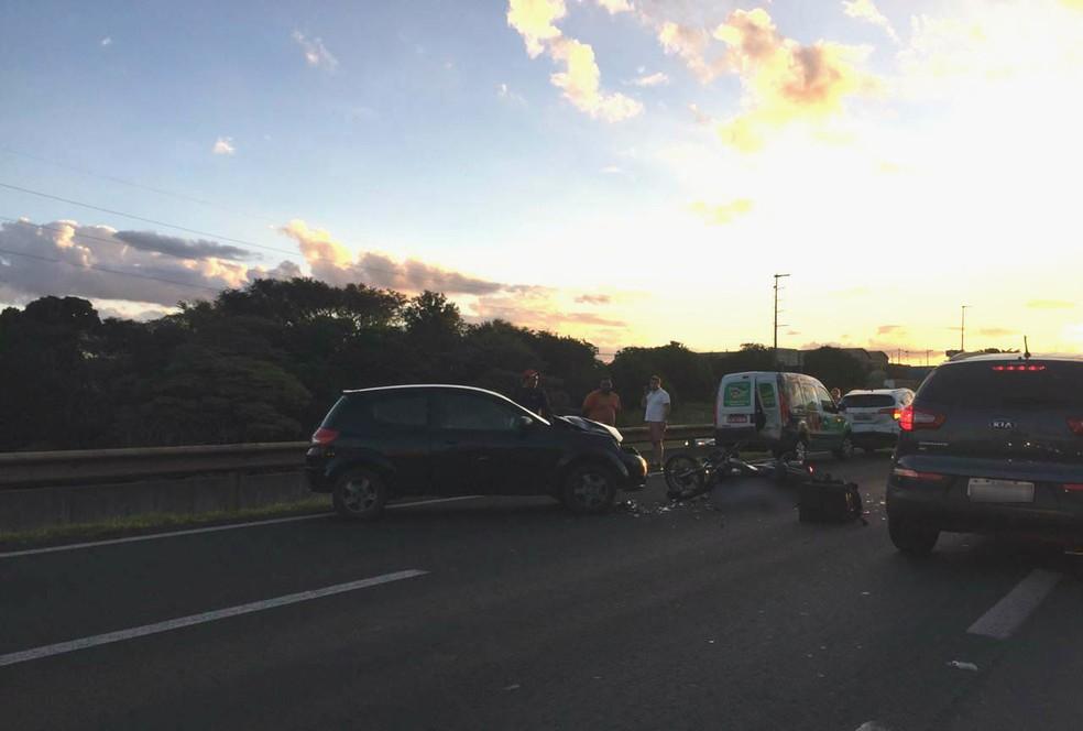Um homem morreu em um acidente na rodovia Washington Luís, próximo a São Carlos — Foto: A CidadeON/São Carlos