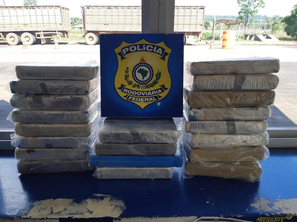 PRF apreende 20 quilos de cloridrato de cocaína em Porto Velho — Foto: PRF/Divulgação
