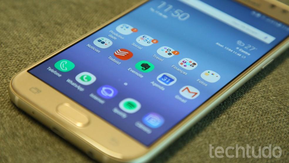 Galaxy J5 Pro foi muito procurado pelos consumidores em junho (Foto: Bruno De Blasi/TechTudo)