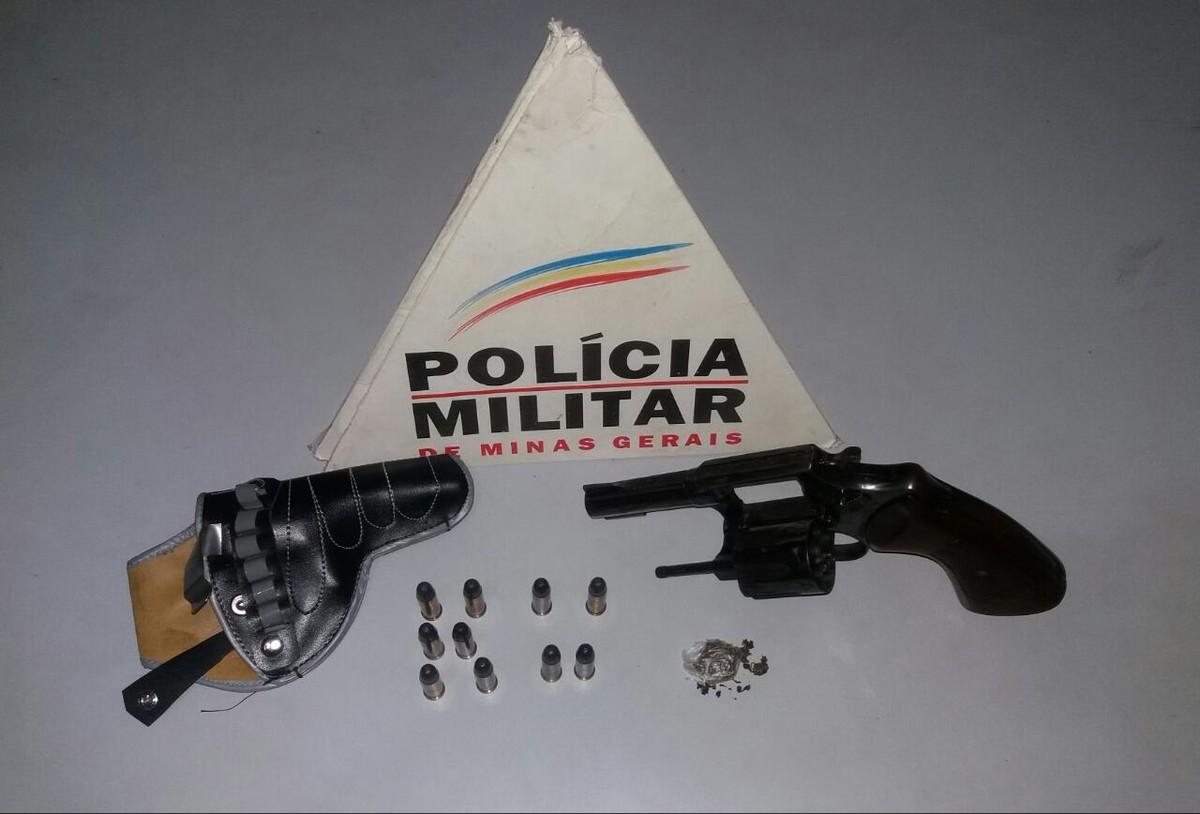 M dico detido com arma muni es e droga na br 458 em for 11 1 8 x 13 g yamaha