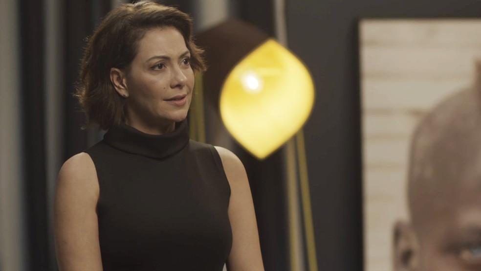 Nana (Fabiula Nascimento) manda Paloma (Grazi Massafera) ficar longe de Sofia (Valentina Vieira) — Foto: TV Globo