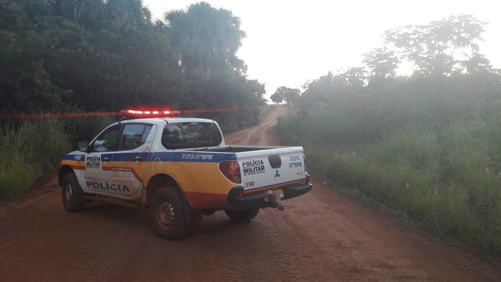 -  Corpo estava em um córrego próximo a uma estrada vicinal  Foto: Polícia Militar Rodoviária/Divulgação