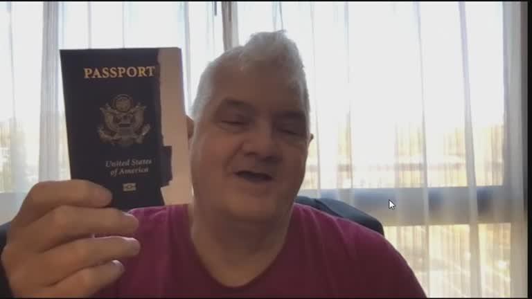 'Não dá mais para negar nossa existência', diz 1ª pessoa a receber passaporte não binário nos EUA