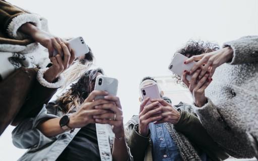 Coronavírus: Rio usará sinal de celular para detectar aglomerações de pessoas