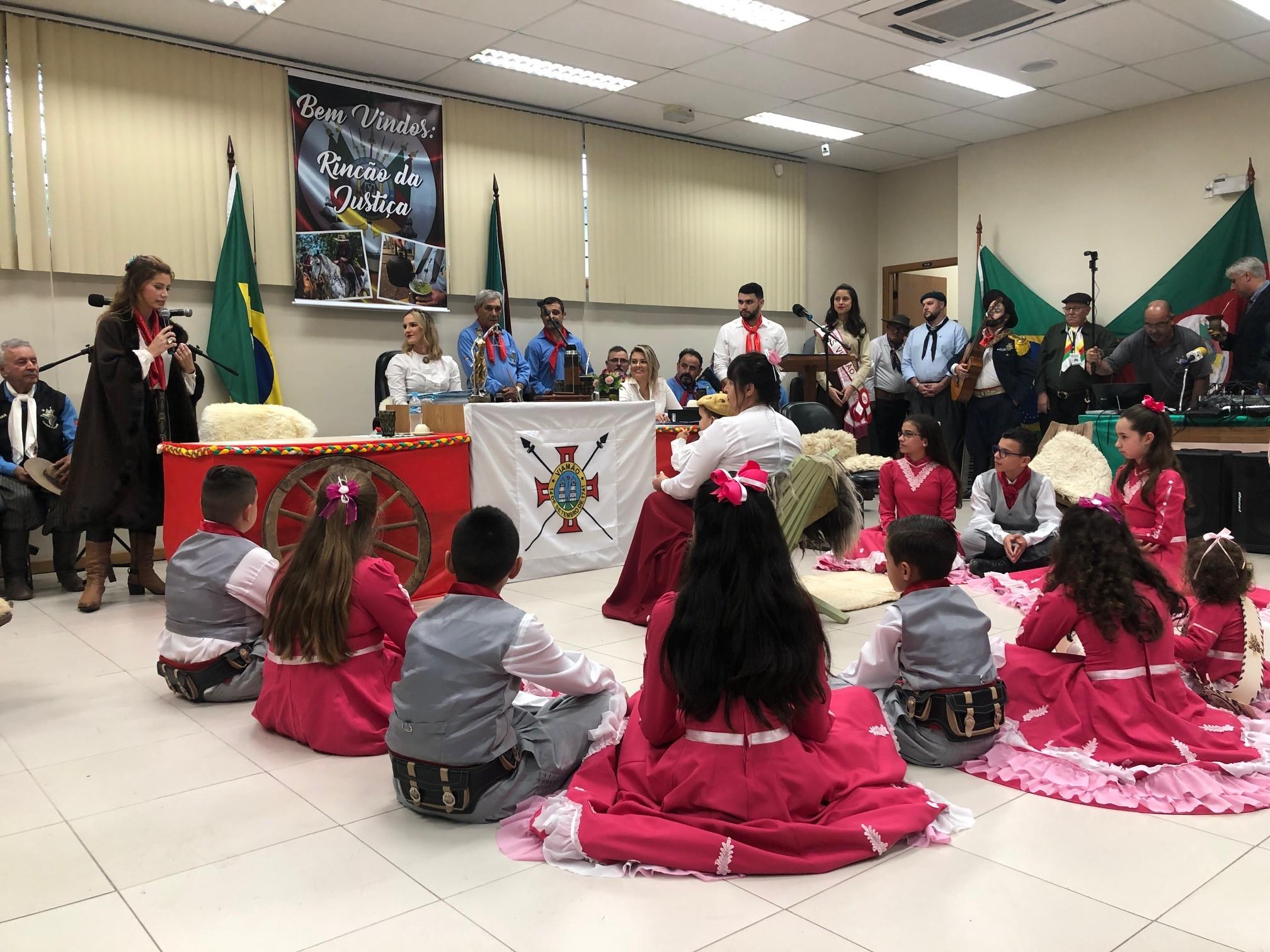 Juíza organiza audiência crioula em Viamão - Notícias - Plantão Diário