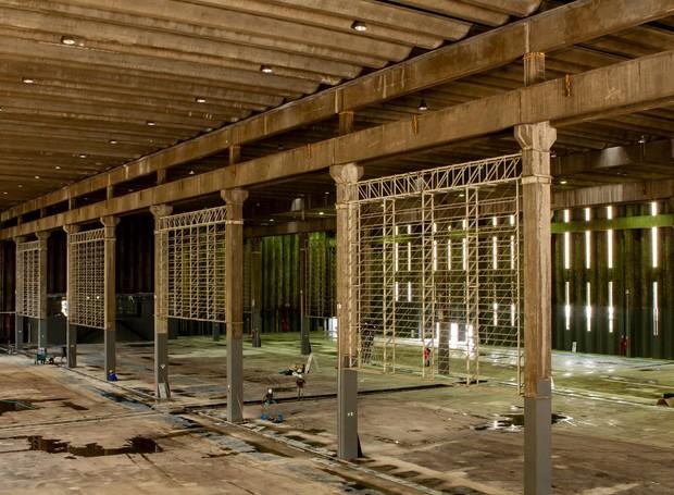 As colunas de concreto fazem trazem o sol para dentro do ambiente (Foto: Facebook/ Reprodução)