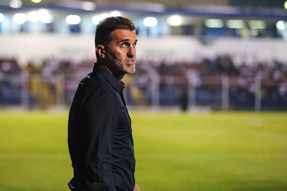 Vagner Mancini na partida contra o São Caetano — Foto: Marcello Fim / Estadão Conteúdo