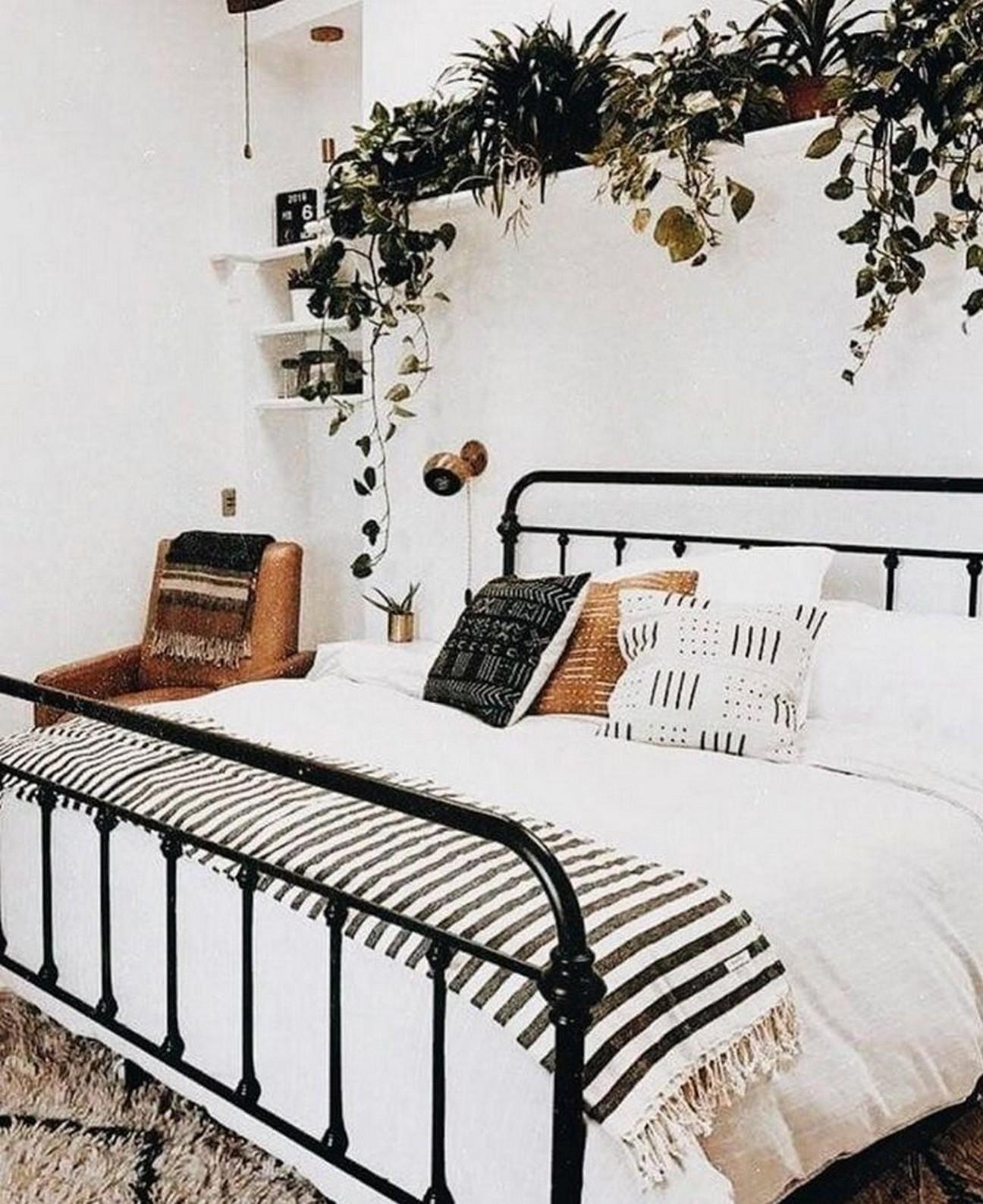 Cama de ferro: 10 ideias para usar a peça na decoração de quartos (Foto: Divulgação)