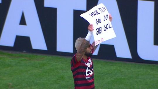Melhores momentos: Vasco 1 x 4 Flamengo pela 15ª rodada do Brasileirão