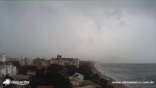 Energia é totalmente restabelecida em Florianópolis após chuva, diz Celesc