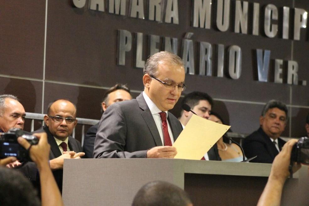 Firmino Filho (PSDB) tomou posse para o seu quarto mandato como prefeito de Teresina em 206 — Foto: Samantha Araújo/G1