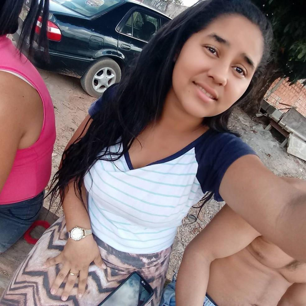 Luciana Ferreira da Silva, de 18 anos, morreu por dengue hemorrágica em Sinop — Foto: Facebook/Reprodução