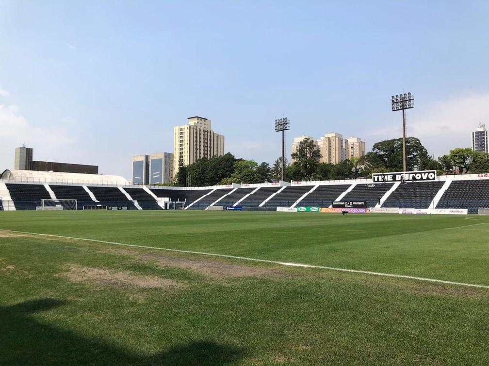 Estádio Alfredo Schürig, ou Fazendinha, faz parte da estrutura da sede social do Corinthians — Foto: Ana Canhedo