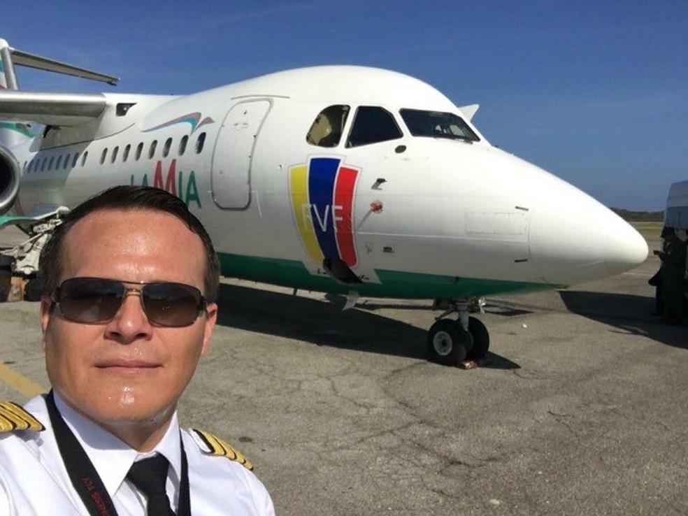 Piloto Miguel Quiroga morreu em acidente de avião na terça-feira (29)  (Foto: Reprodução/Facebook)