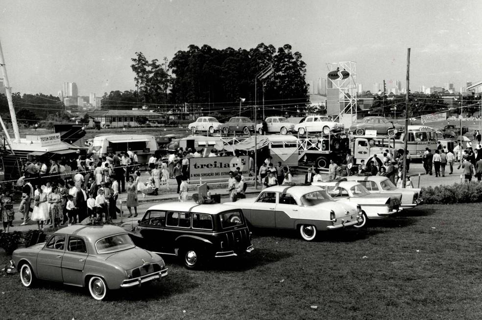 Salão do Automóvel de 1960 — Foto: Divulgação