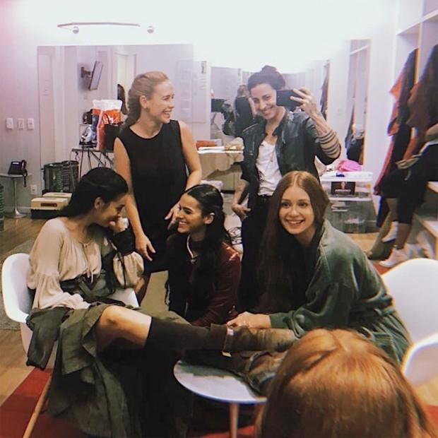 Marina Moschen, Fernanda Nobre, Isabela Bertazzi, Bruna Marquezine e Marina Ruy Barbosa  (Foto: Reprodução/Instagram)