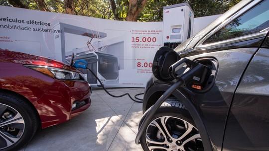 O quanto roda, onde recarregar, custo... como é o dia a dia com carros elétricos