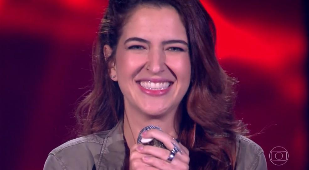 Gabi Porto  canta no 'The Voice'  Foto: Globo/ Divulgação