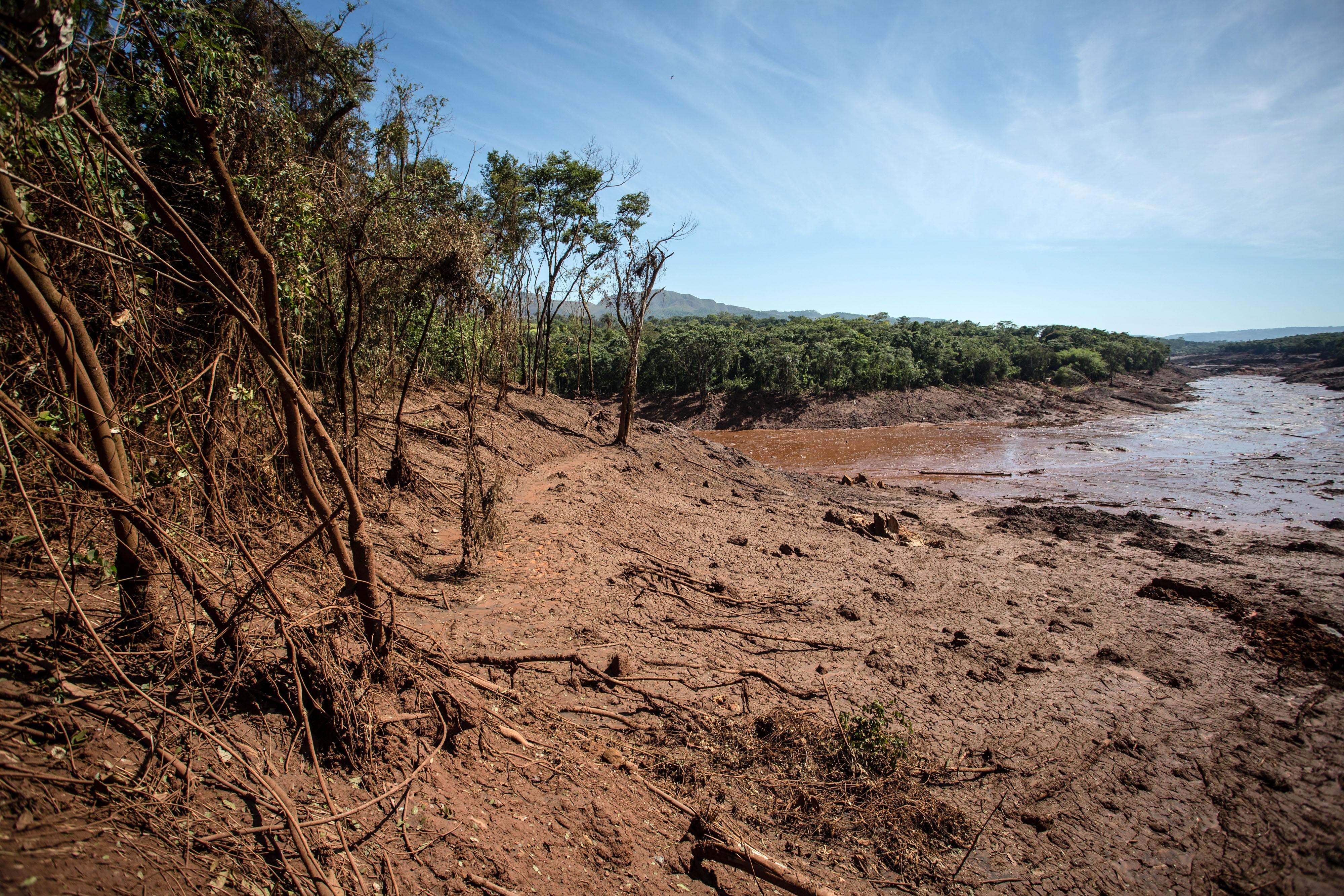 Expedição já percorreu 45 km ao longo do Rio Paraopeba (Foto: Gaspar Nóbrega/ SOS Mata Atlântica.)